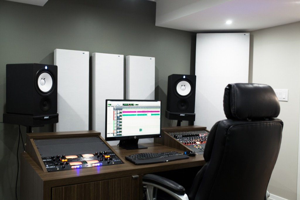 Pannelli Acustici e Bass Trap GIK Acoustics in Studio
