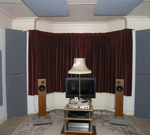 GIK Acoustics Tri-Trap Corner Bass Trap