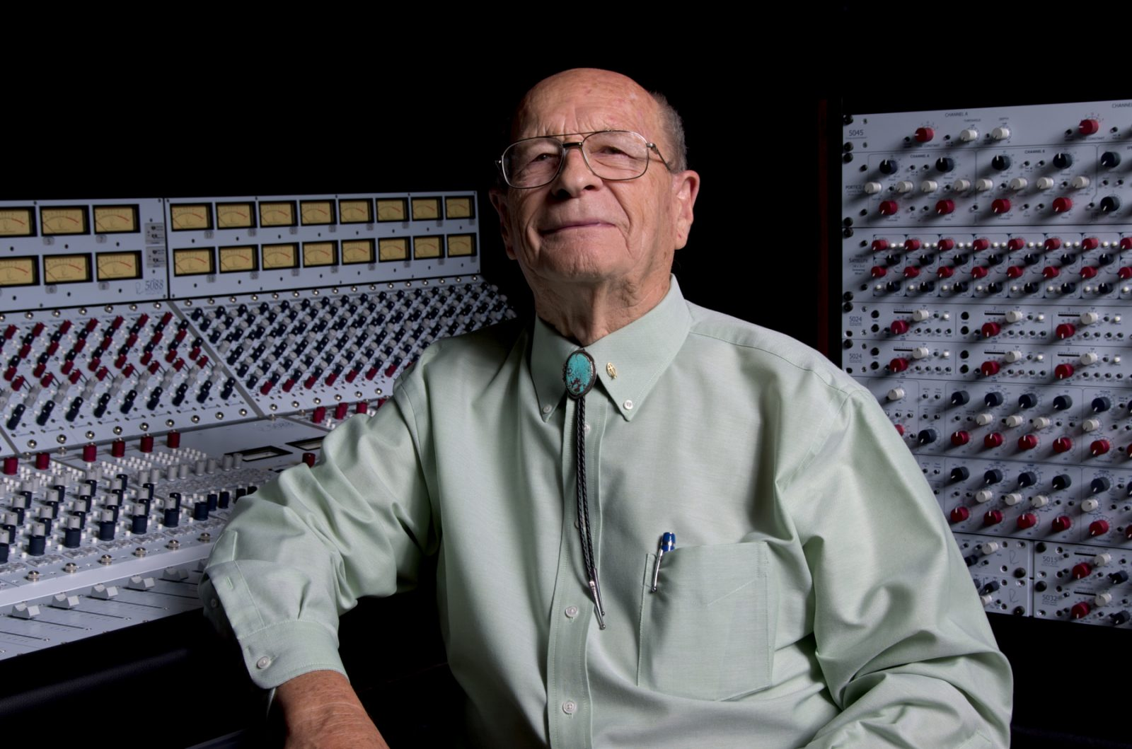 Rupert Neve in front of equipment
