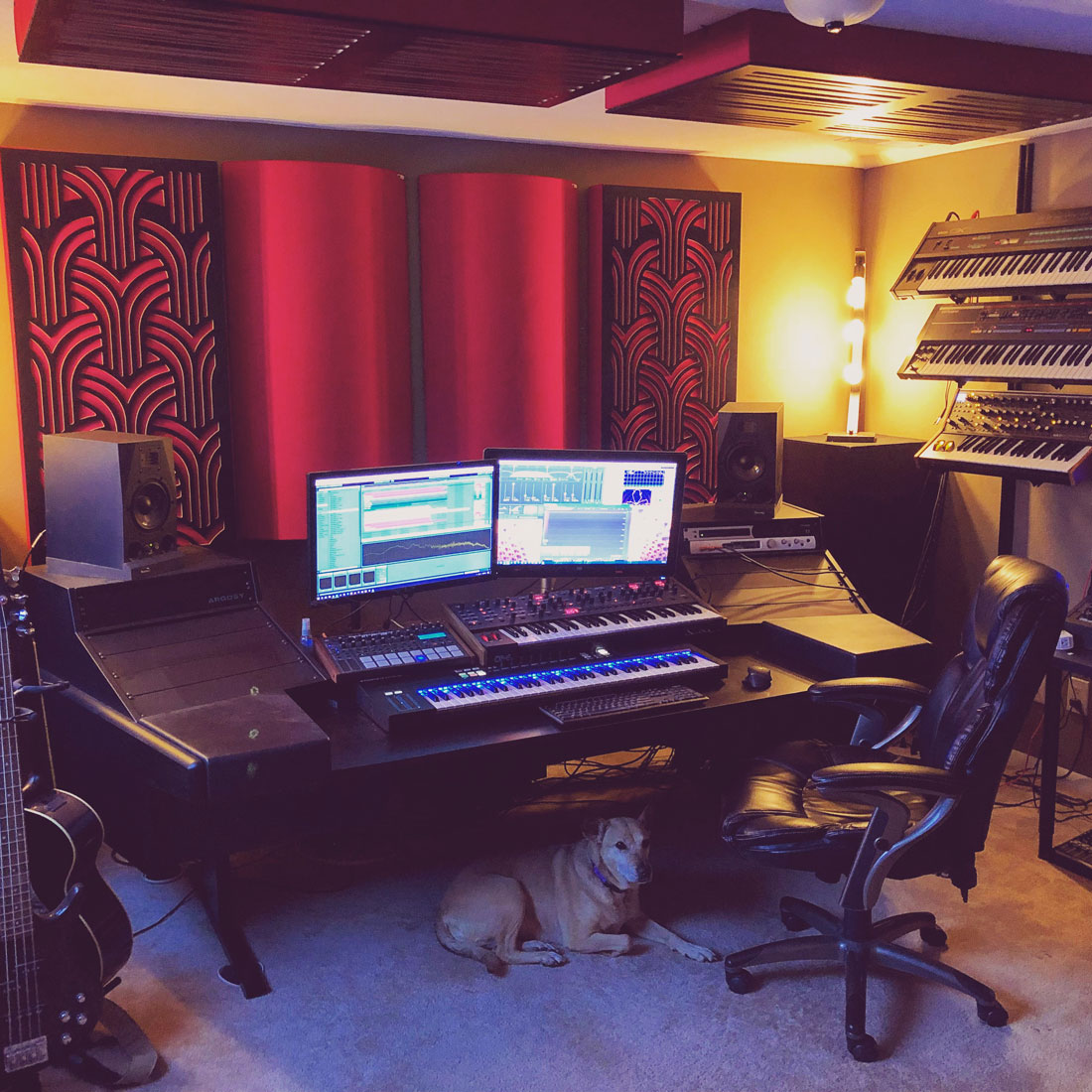 Home studio con bass trap GIK Acoustics
