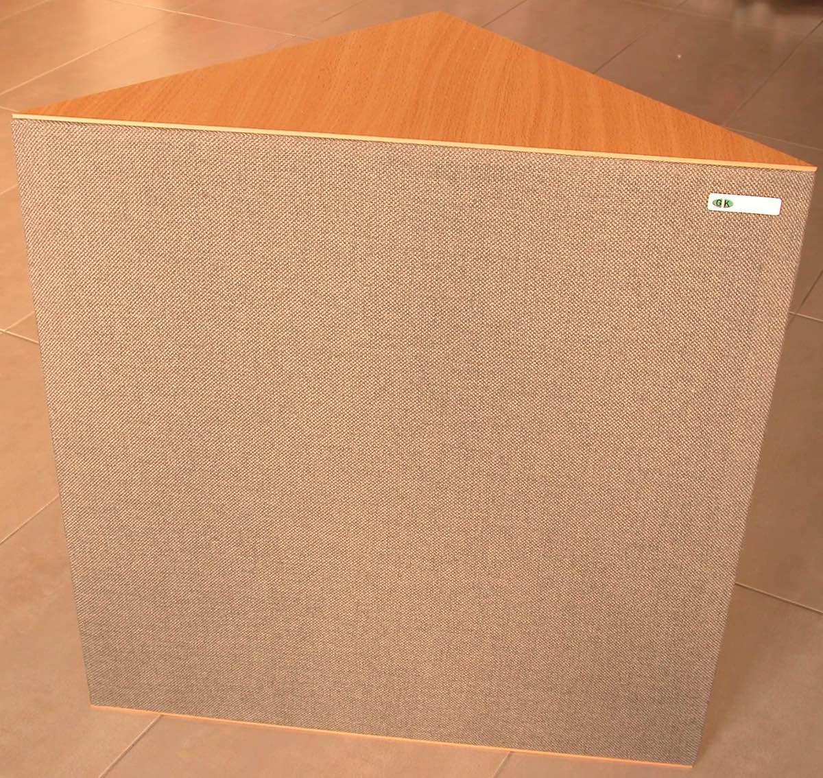 Gik-Acoustics-Demi-Tri-Trap audiofader